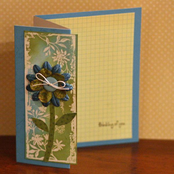 041910 Folded flower card standing