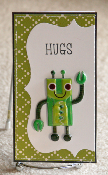 082010 Hugs robot green