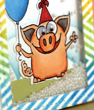 Birthday pig shaker card close up lower res