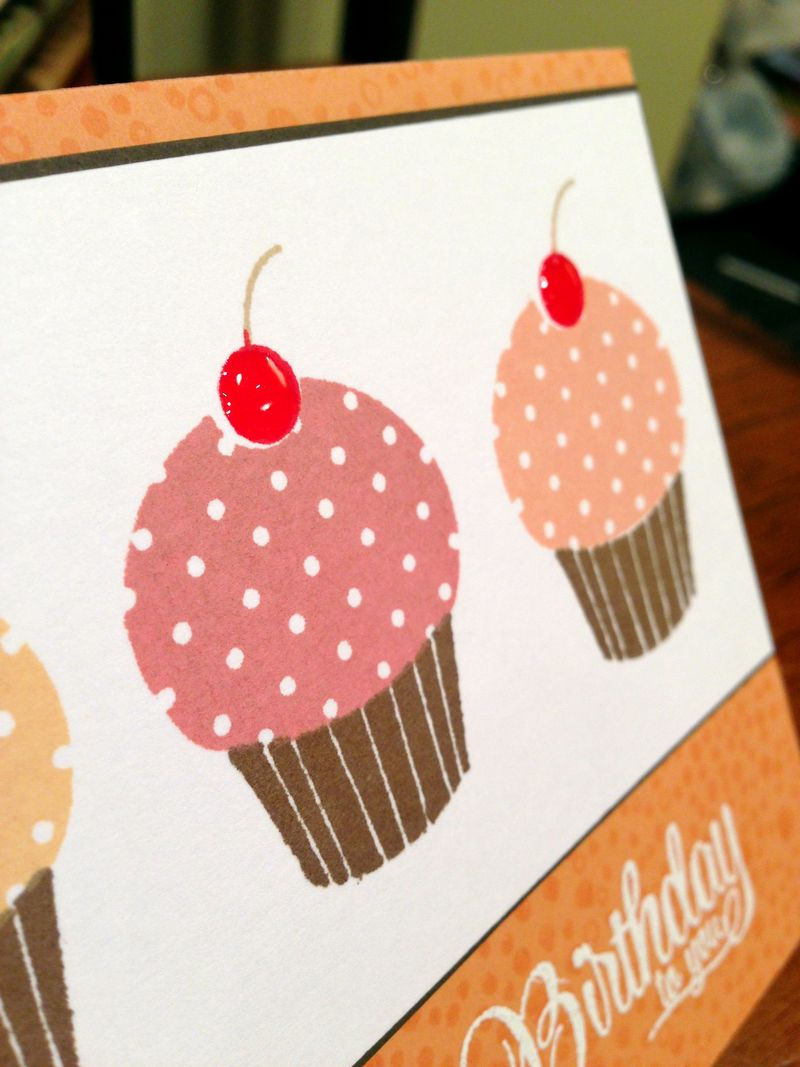 Three cupcakes card close up