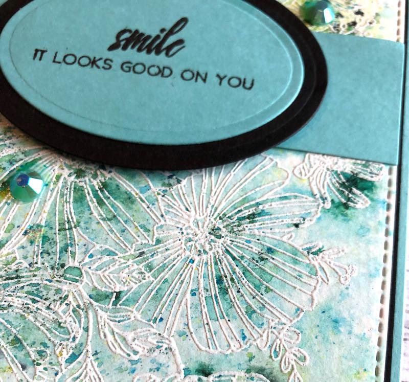 The Ton smile card close up